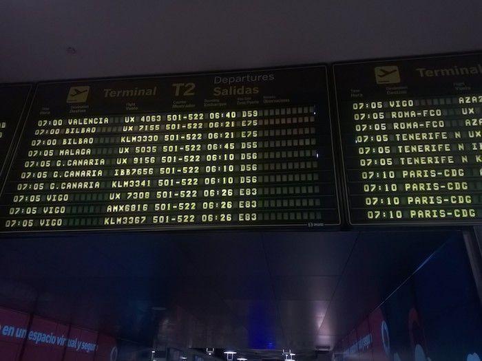 Panel Barajas con destinos de vuelos