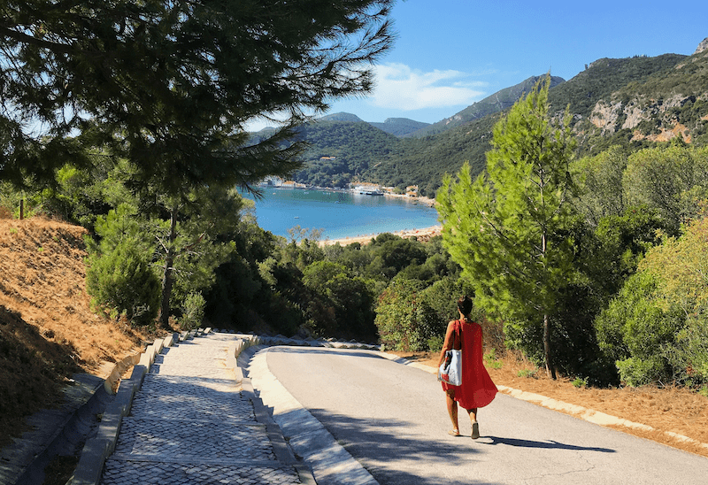 Inês en su playa favorita del Mundo: Creiro, en Arrábida. Casa.