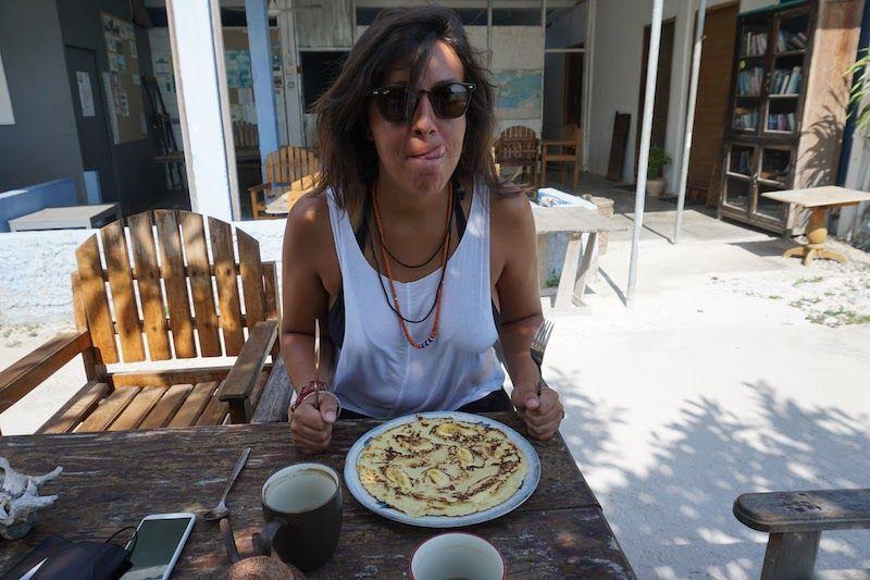 Desayuno del lavalon hostel: banana pancake