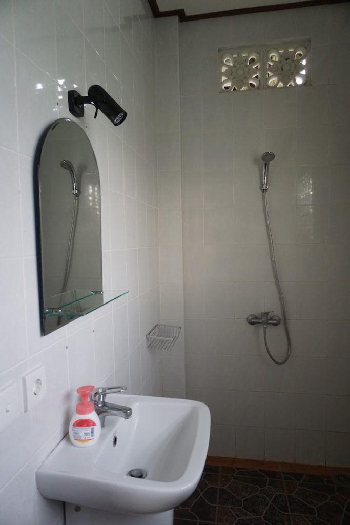 Baño en Rumah Warsa (Ubud)