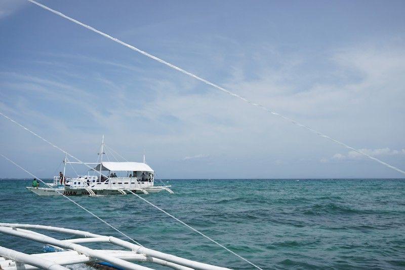 En el barco de camino a Malapascua
