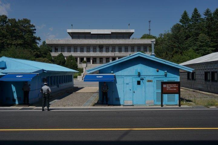 Pisando Corea del Norte en la zona desmilitarizada (que es sólo la zona más militar del mundo...ejem ejem) en la frontera intercoreana. Visita a la JSA (Joint Security Area), con KTB Tours