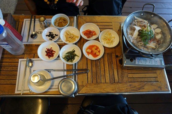 La comida deliciosa incluída en el tour a la JSA (¡nos encanta la comida coreana! ñam ñam)