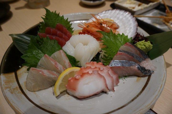 Nuestro sashimi, tan deseado después de unos cuantos sake. ;)