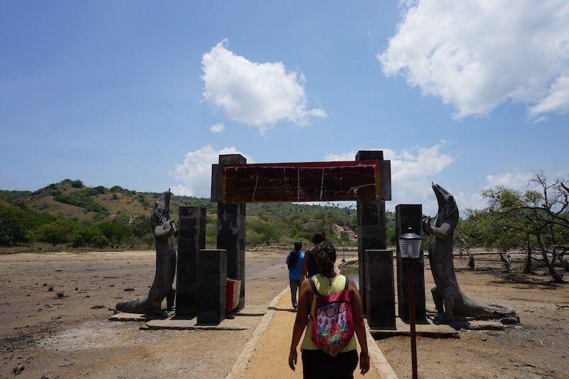 Entrada Parque Nacional de Komodo en Rinca
