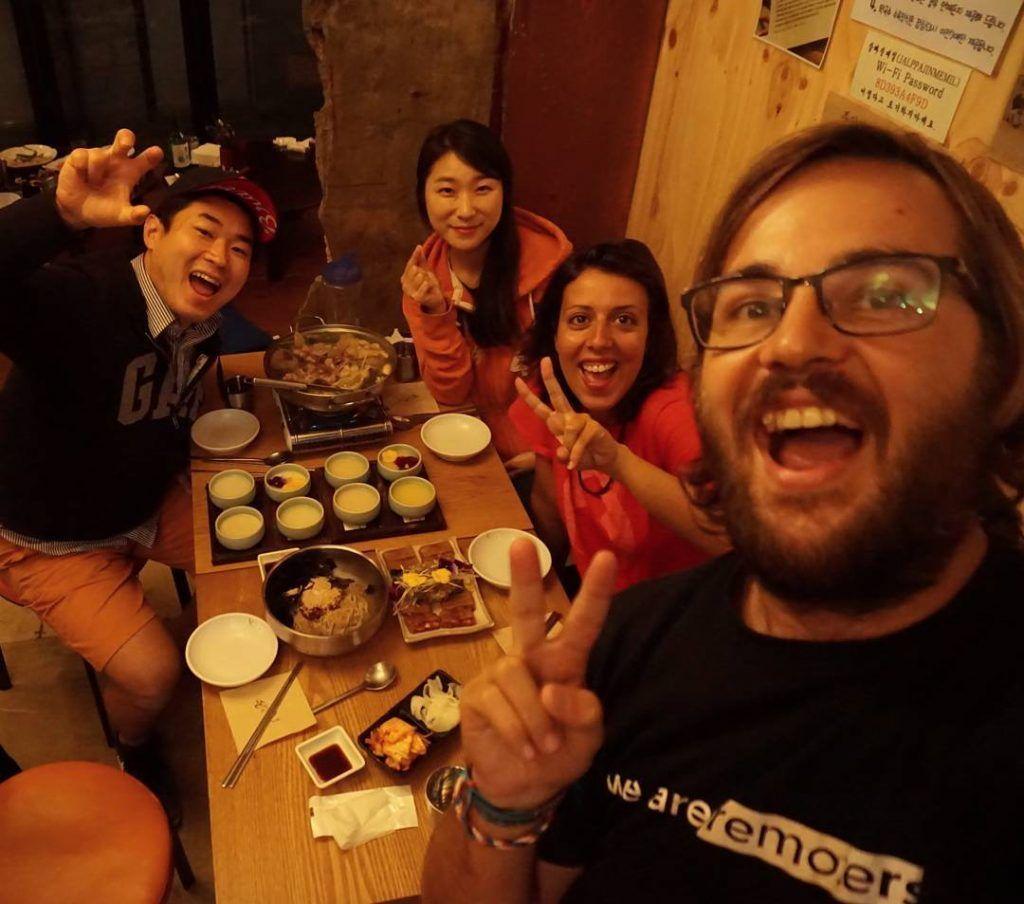 Cenando en Seul