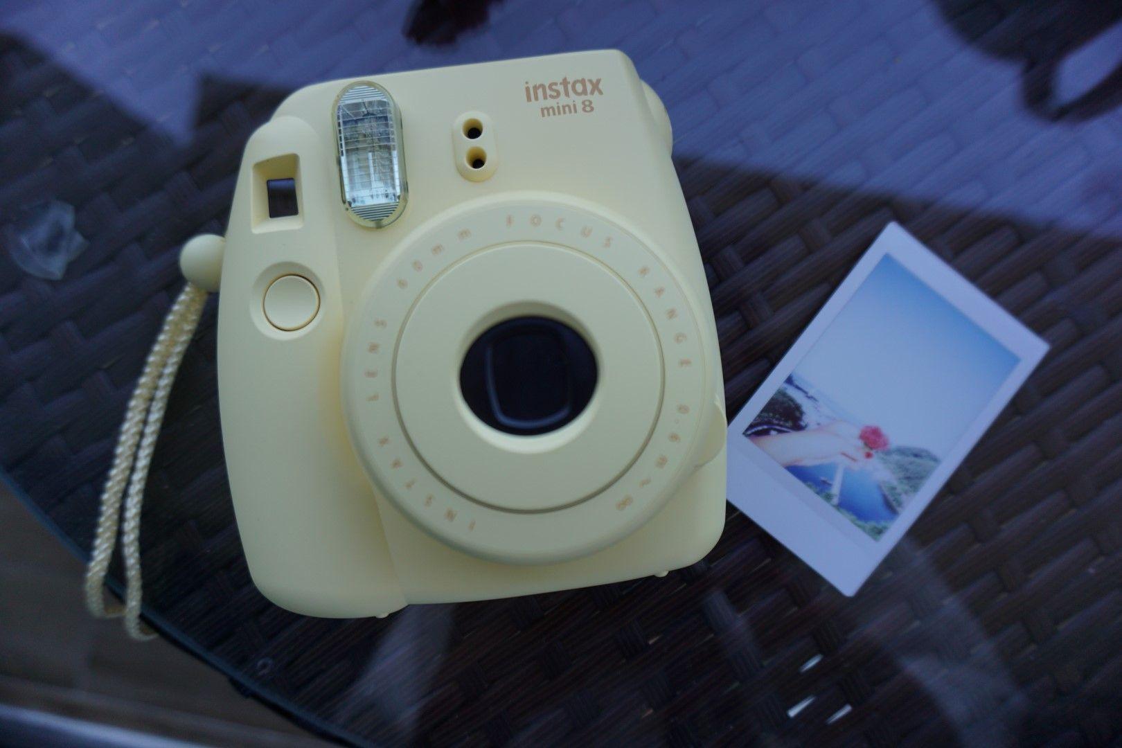 La Fujifilm de Inês con la que va regalando fotos de la gente por el Mundo en su proyecto #FotoRegalos