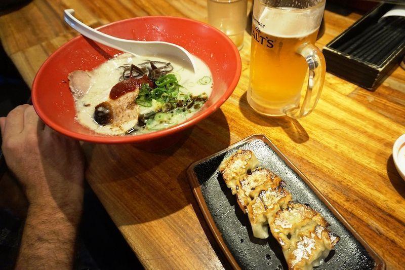 El ramen y las gyozas de Ippudo
