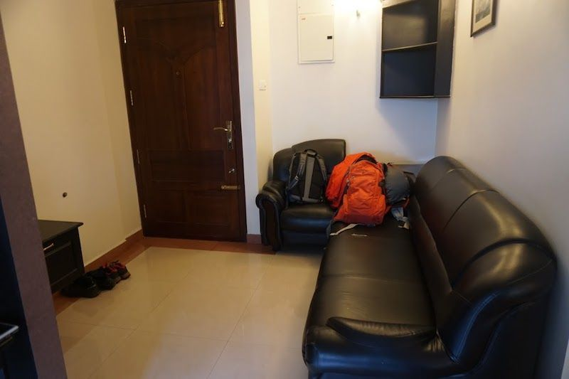 alojamiento-aha-cochin-sofa