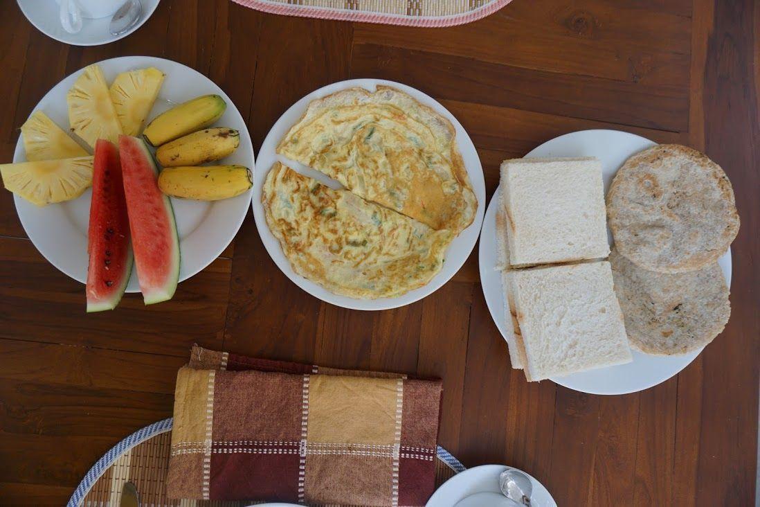 alojamiento-sinhagiri-villa-sigiriya-desayuno