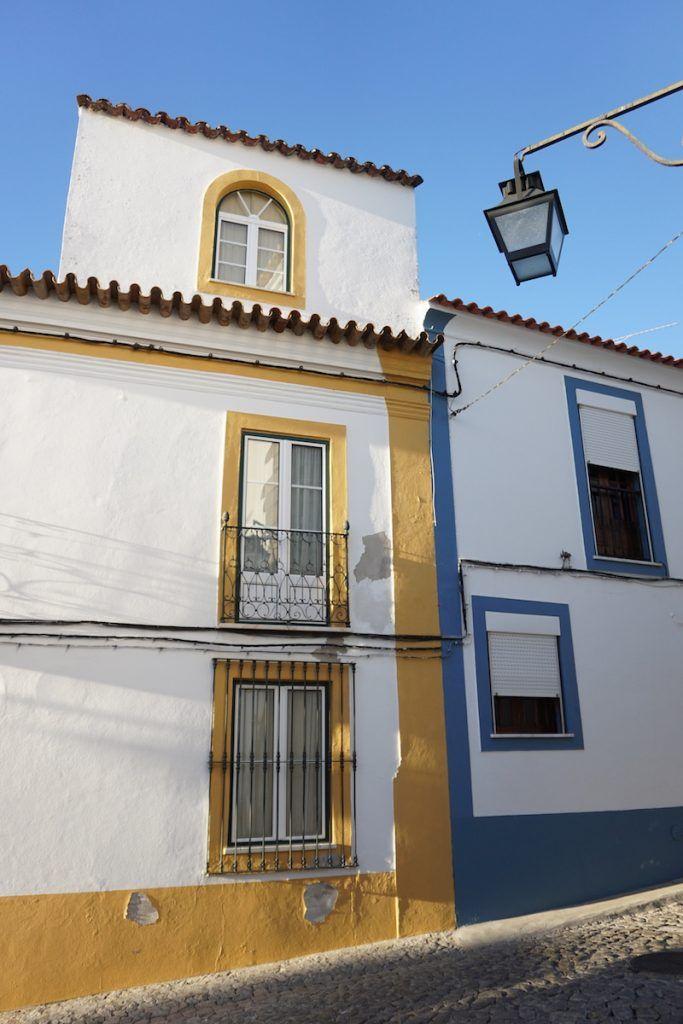 Fin de un fin de semana tricolor: blanco, amarillo y azul. Até à próxima Évora, é sempre um prazer.