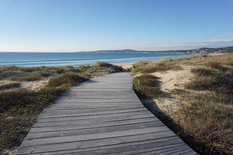 Para nosotrxs, todos los caminos llevan al mar... Aquí, en la playa de A Lanzada (Galicia)