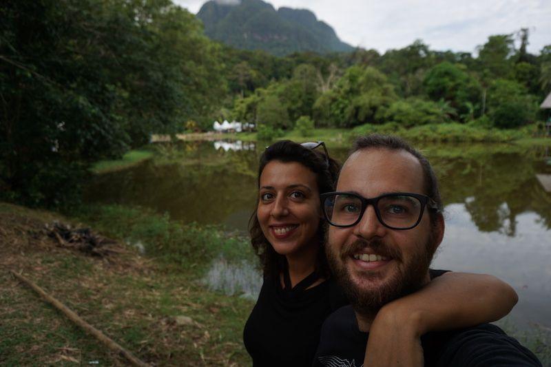 Durante 2017 también tuvimos nuestro particular #festivaldeverano. En el festival con el entorno más bello que hemos estado en nuestras vidas eso sí, en el medio de un Parque Nacional. ¿Qué hay de banda sonora? Músicas del Mundo. Después del #Kelele sudafricano, nos vamos a escuchar portugués con acento de #Malaca. La noche nos reserva ritmos de Colombia y Cabo Verde.