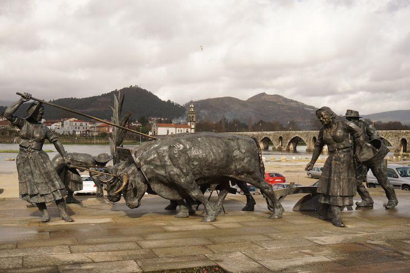 monumento-memorias-do-campo-ponte-de-lima