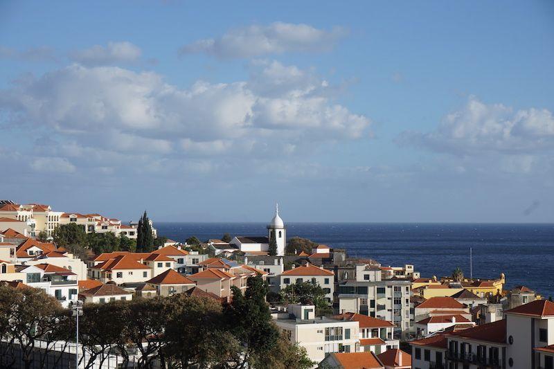 Vistas de Funchal desde el teleférico