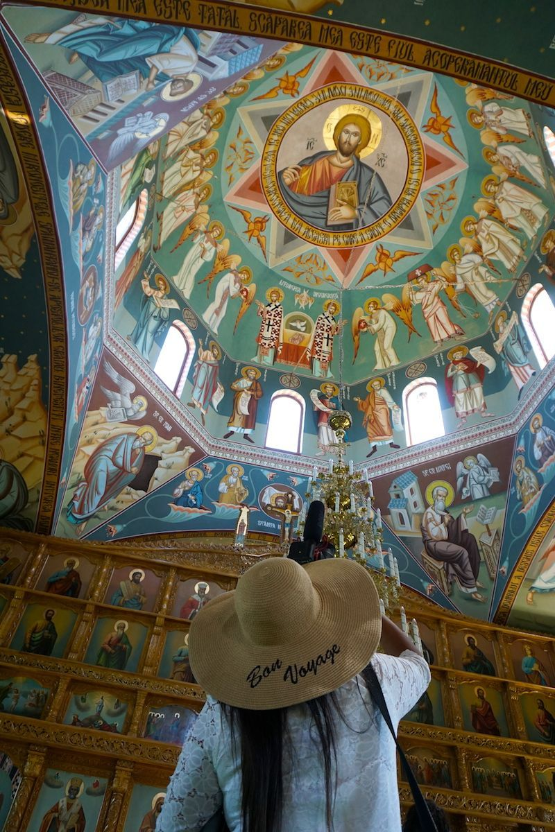 Interior de la Iglesia de Sfantu Gheorghe