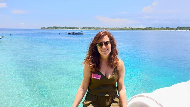 Translado en barco a Gili Air y desear entrar en esas aguas azul turquesa