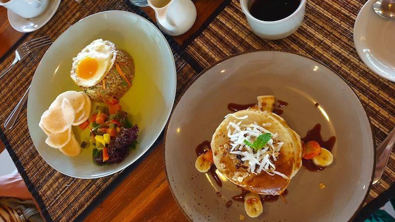 El desayuno en el Pertiwi Bisma 1, Ubud, Bali