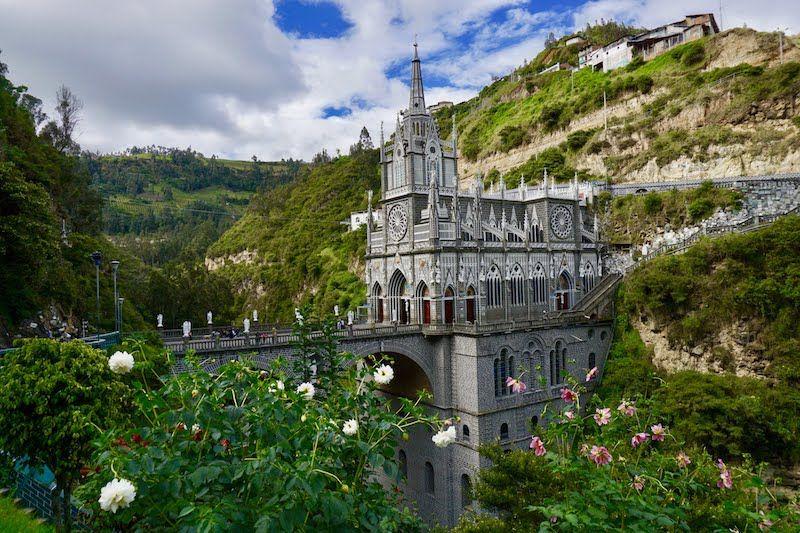 El impresionante Santuario de Las lajas, Ipiales