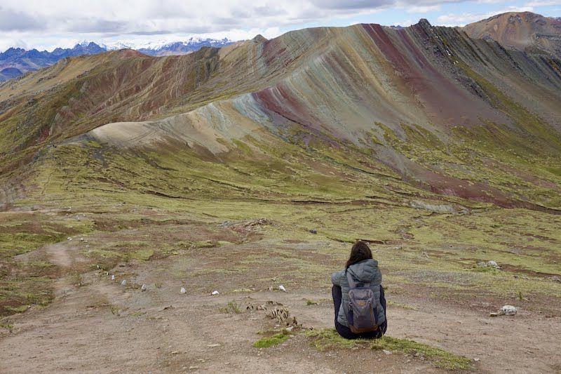 Palccoyo: La increíble montaña de 7 colores que parece pintada a acuarela (y no, no es la famosa, explotada y masificada Vinucunca)