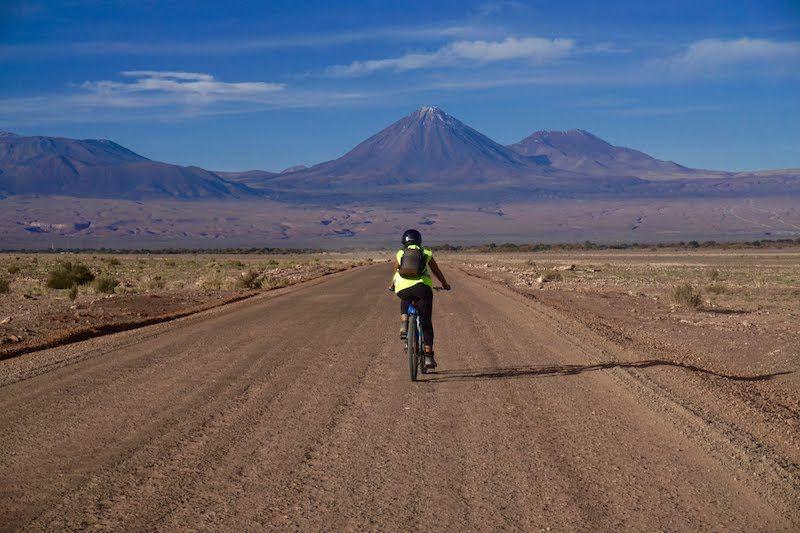 Anduvimos en bici por encima de nuestras posibilidades en el Valle de la Luna, San Pedro de Atacama, Chile