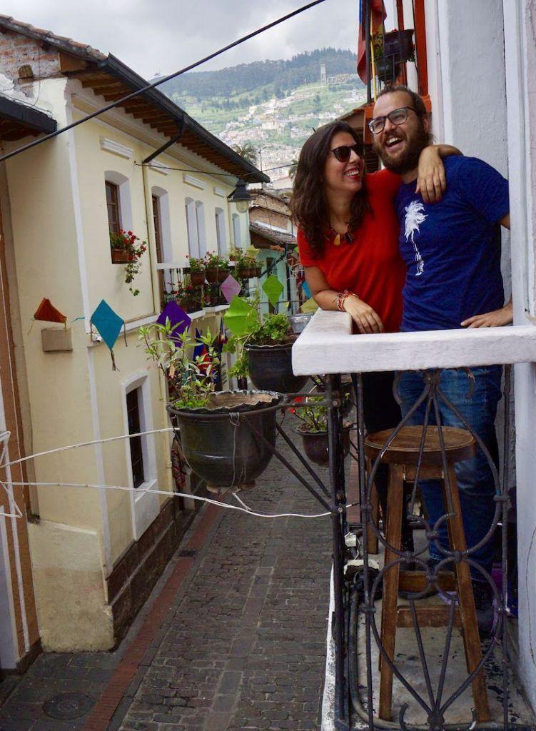 Felices en La Ronda, nuestra calle favorita de Quito, Ecuador