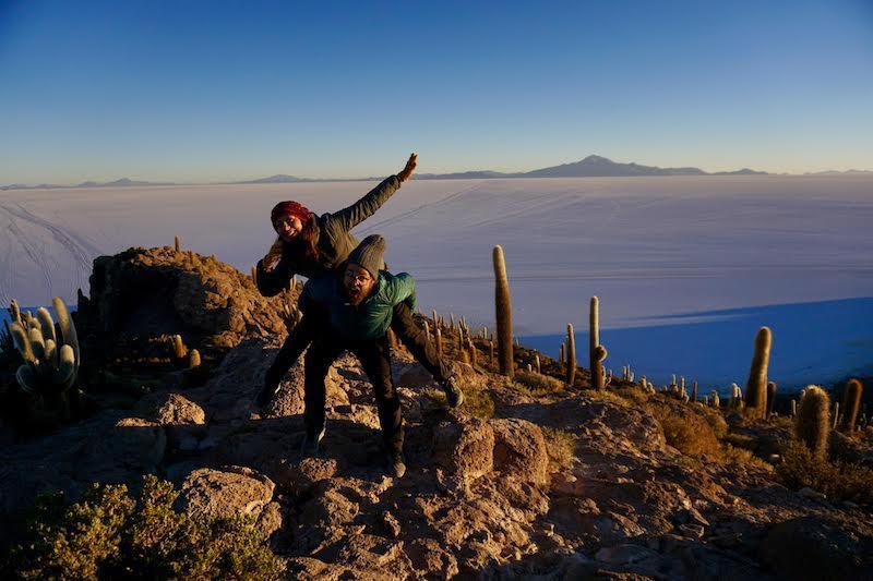 De los amaneceres más bellos que vivimos: en la isla Incahuasi, en el salar de Uyuni