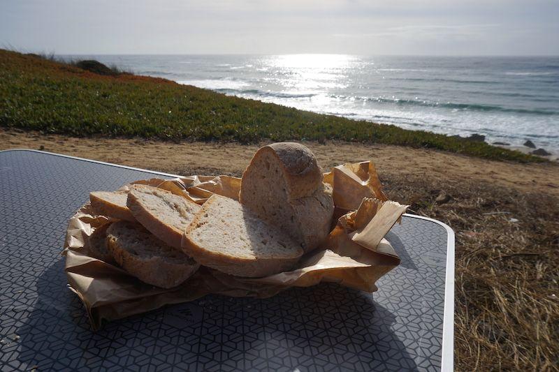 Pan alentejano: el protagonista de nuestros desayunos en esta semana camper por la costa vicentina