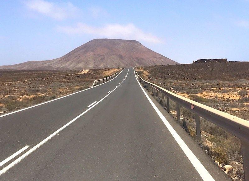 Una carretera majorera