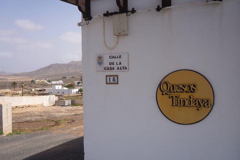 La fábrica y tienda de Quesos Tindaya: una perdición si eres una persona quesera como nosotrxs...