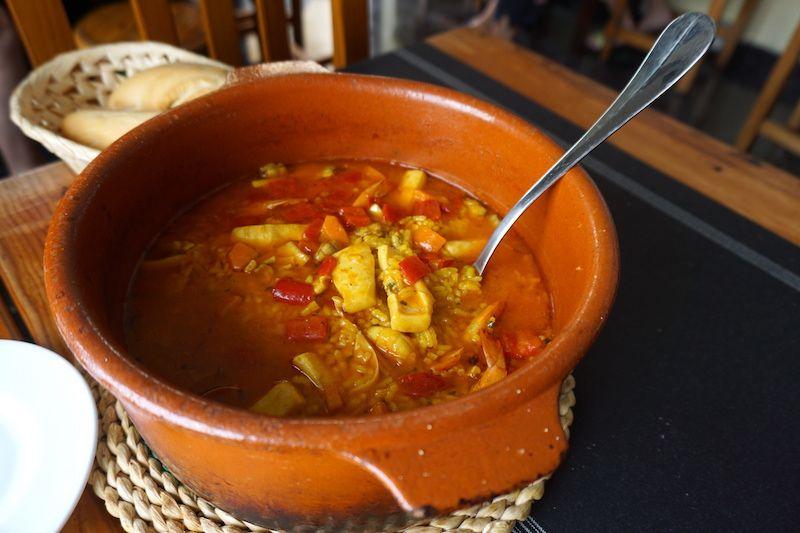 Arroz caldoso con sabor a mar en el restaurante La Laja, La Restinga