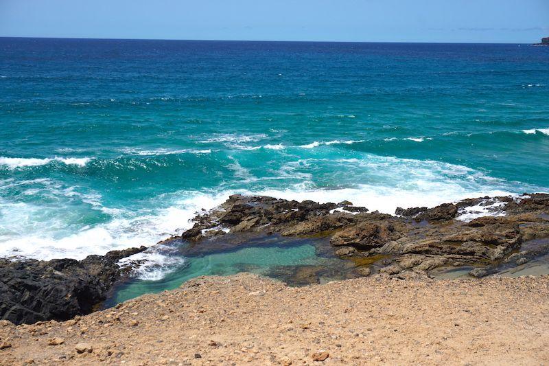 Charcos naturales y calas en las Playas de Tindaya. Esta, cerca de la playa de la Mujer