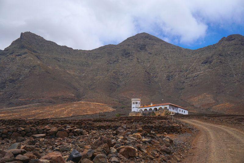 Villa Winter entre el macizo de Jandía