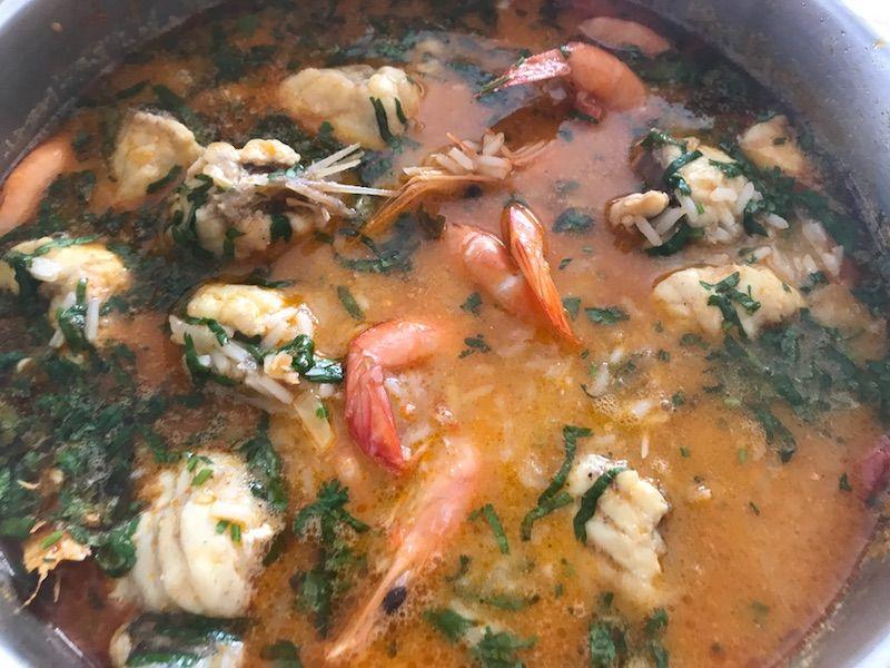 Arroz de marisco, de nuestros platos portugueses favoritos. Este no se encuentra en ningún restaurante, está hecho por la mamá de Inês...