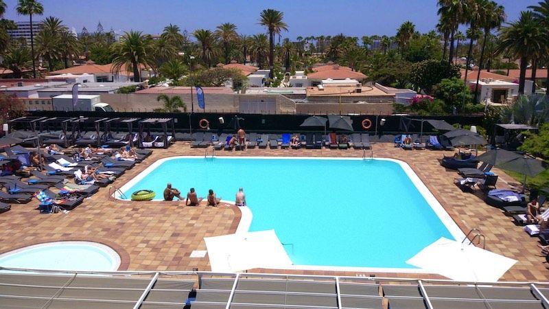 La piscina del Axelbeach Maspalomas: diversión asegurada