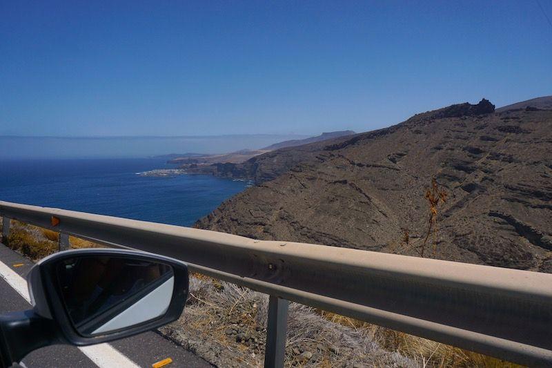 Roadtrip por la GC-200, entre paisajes increíbles y playas que escapan al ojo turista
