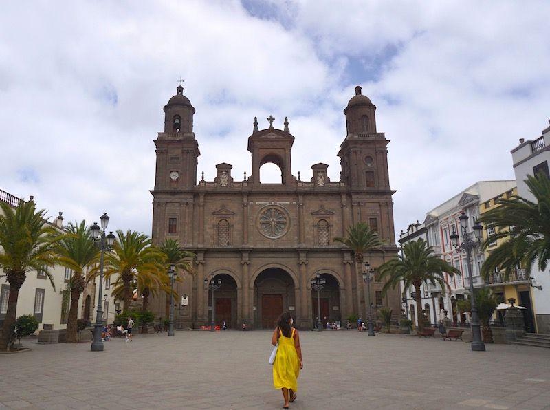 La Plaza Mayor de Santa Ana y la Catedral de Santa Ana