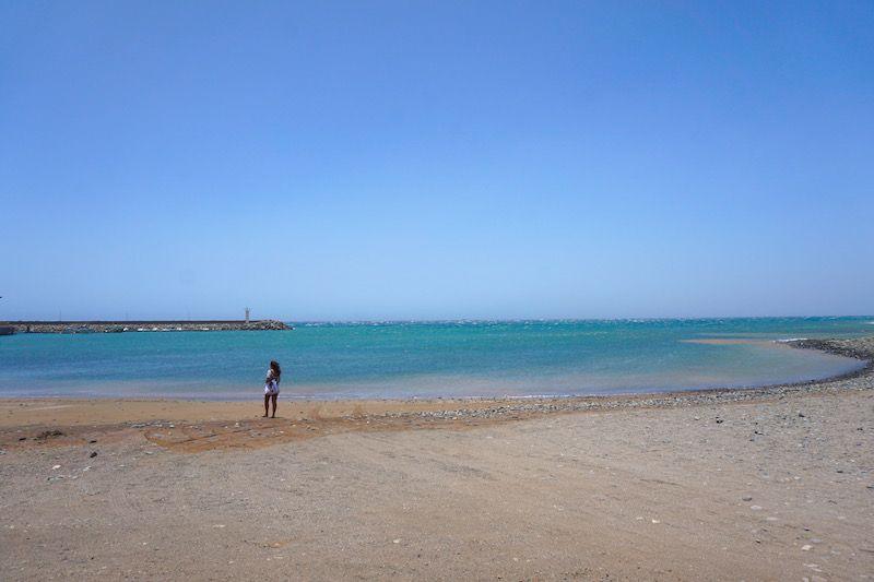 La playa muy ventosa de Salinas del Matorral