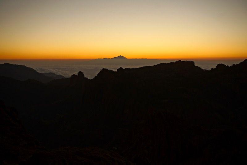 El Teide desde la ventana del Nublo, segundos después de que el sol se escondiera